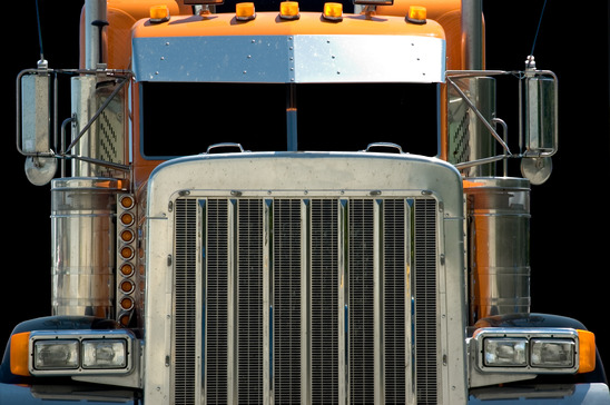 How Can Truckers Prevent Rollover Accidents? 5 Tips from Phoenix Personal-Injury Attorney